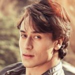 Tiger Shroff Contact Address, House Address, Phone Number